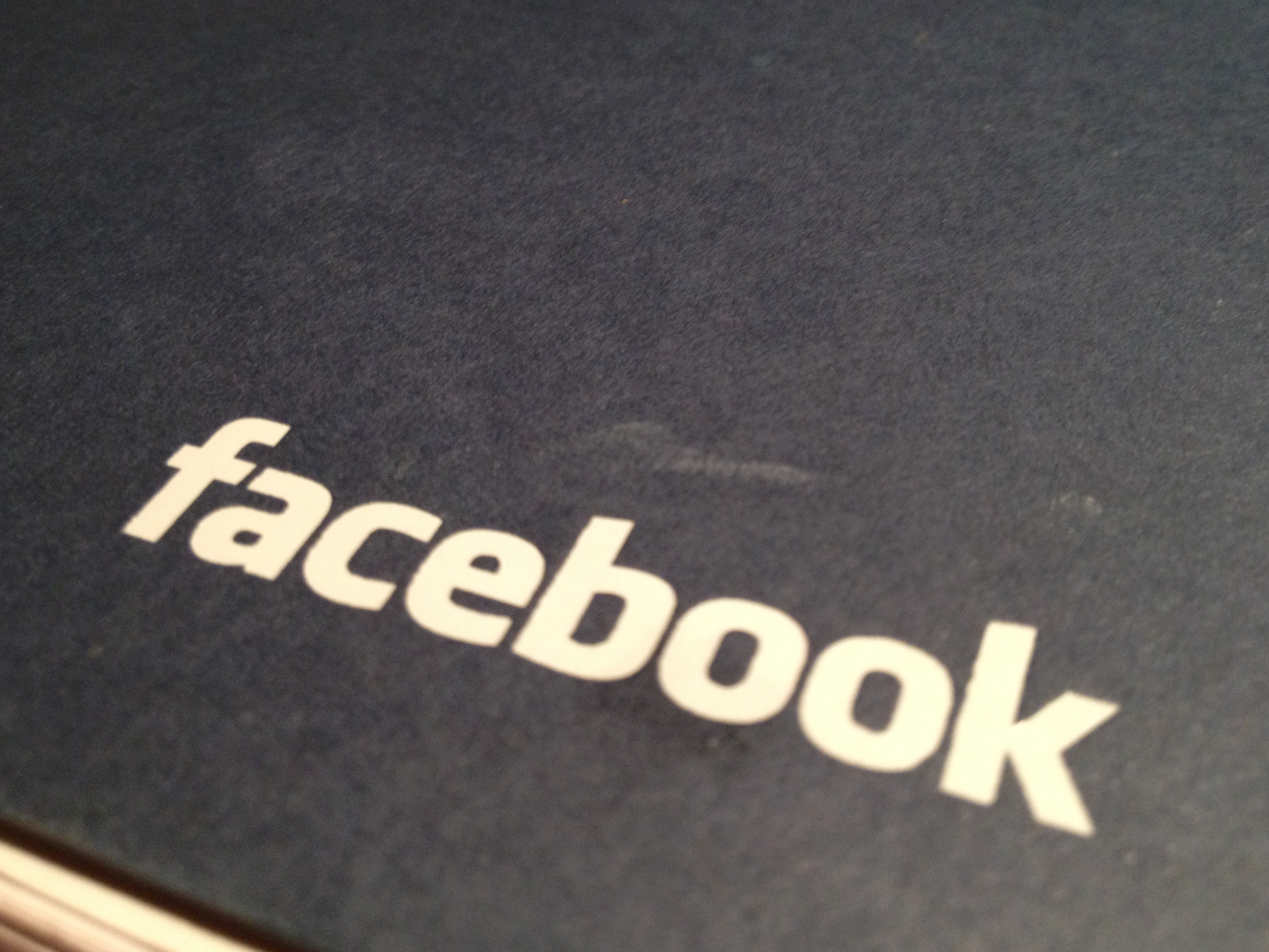 פרסום בפייסבוק, מחיר התהילה